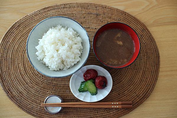 """自然栽培米ミナミニシキの朝ごはん"""" width="""