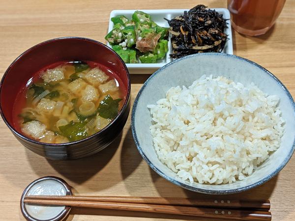 縄田自然栽培米ミナミニシキのご飯
